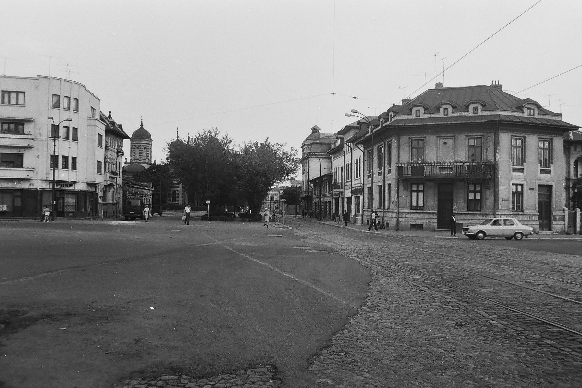 Intersecţia de lângă Piaţa Mărăşeşti, 1978, foto Dan Vartanian