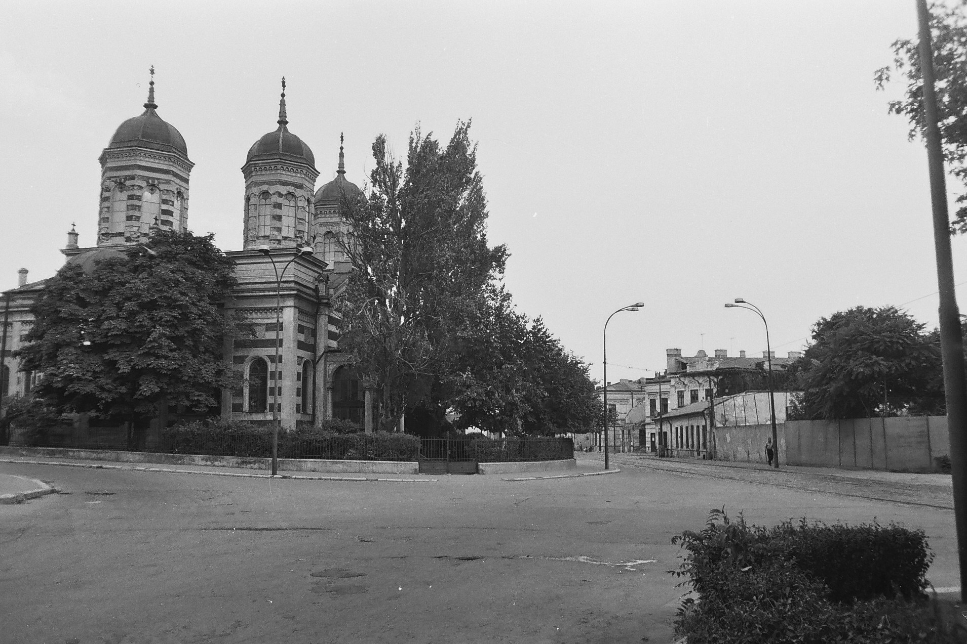 Biserica Dobroteasa - Calea Vacaresti, 1978, foto Dan Vartanian