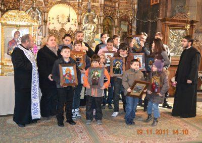 Copiii cu parintii slujitori 2011