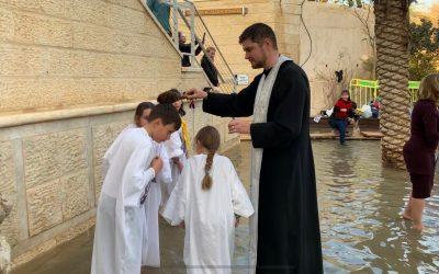 """""""Botezul"""" copiilor la Iordan"""